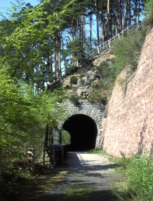 Tunnel Brae