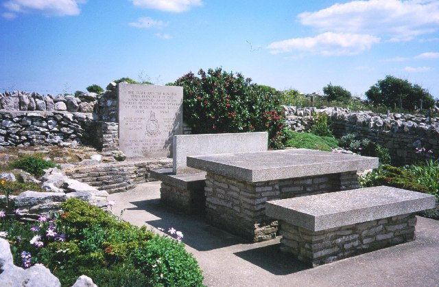 Marines Memorial, Emmetts Hill