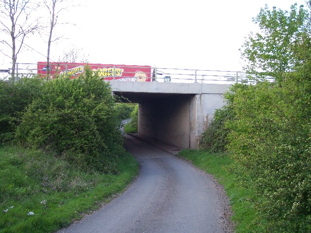 M50 Bridge, Gunnice Farm, Guller's End, Longdon.
