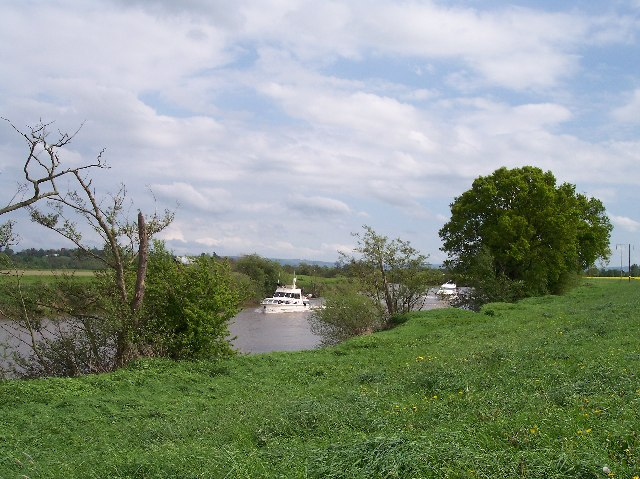 River Traffic on the Severn