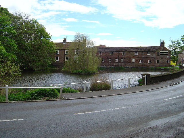 North Dalton Village pond