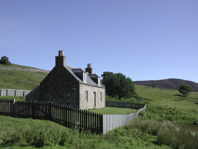 Auchtavan Cottage, Glen Feardar