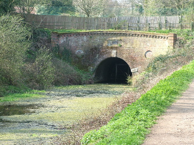 Eastern entrance to the Greywell Tunnel