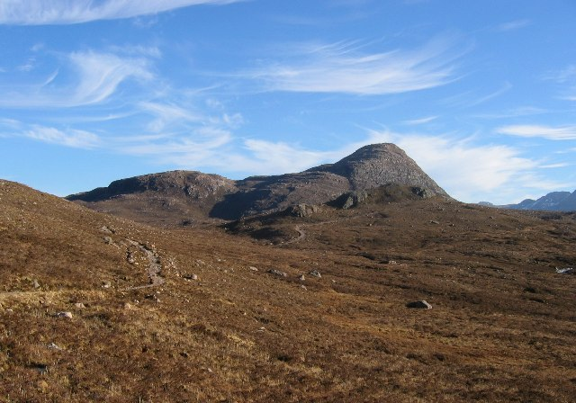 Path to Loch na h-Oidhche.