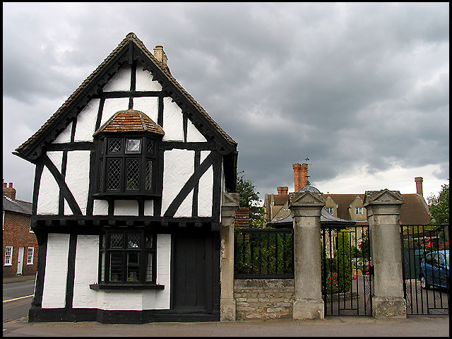 Historic Building in Thame: Oxfordshire