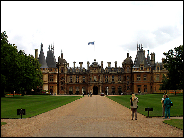 Waddesdon Manor Entrance