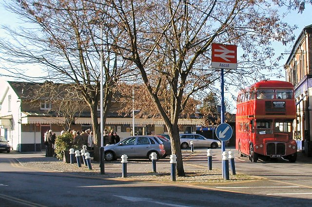 Routemaster at Ascot Station