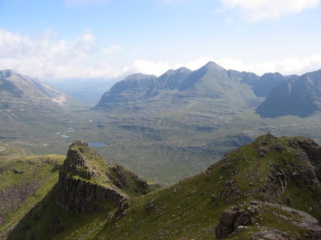 The summit ridge, Beinn Dearg