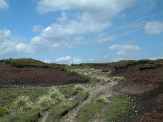 Peat groughs on Tooleyshaw Moss