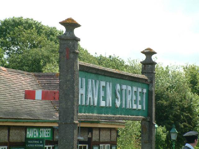 Sign at Havenstreet Station
