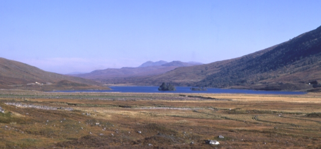 Looking towards Loch Sgamhain