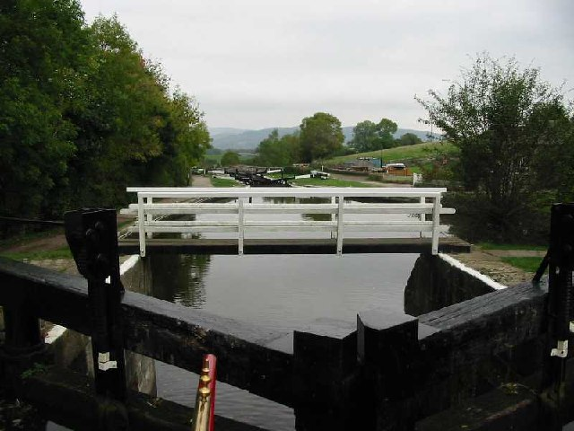 Bank Newton locks