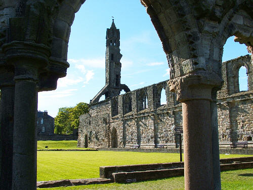 St Andrews Cathedral (ruins)