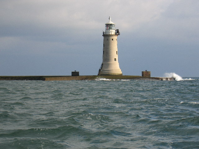 Lighthouse on Plymouth Breakwater