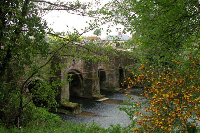 Habin Bridge, over the River Rother.
