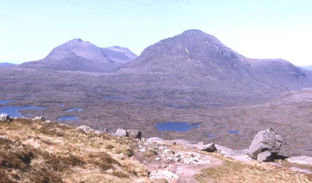 Looking towards Baosbheinn and Beinn an Eòin from the path into Coire Mhic Fhearchair