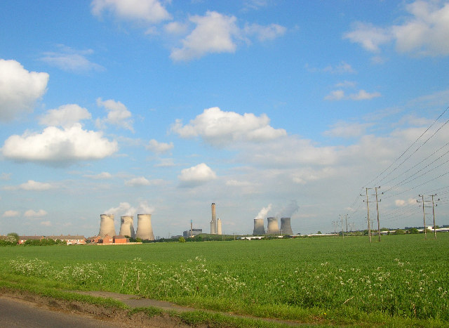 Didcot Power Station from Sutton Road