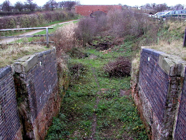 Old lock on the Grantham Canal