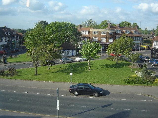 Brookmans Park Village Green and shops