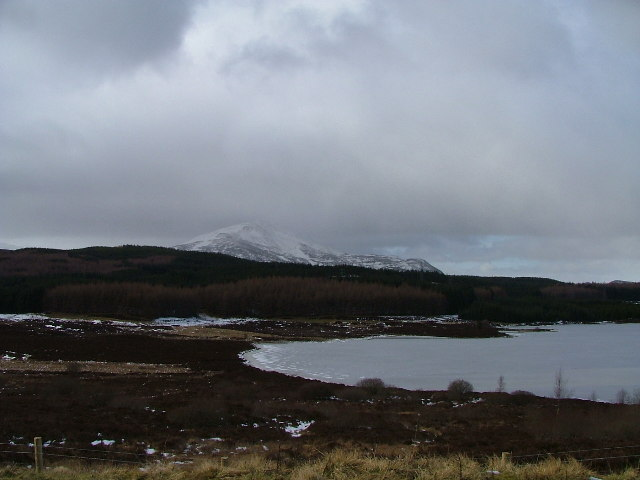 Loch Kinardochy looking west towards Schiehallion