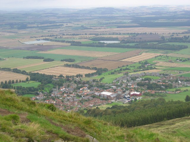 Falkland from Falkland Hill