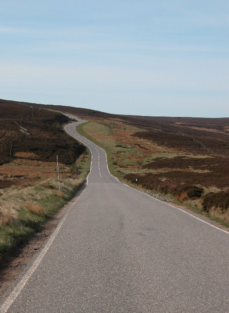 The Cairn o Mount road