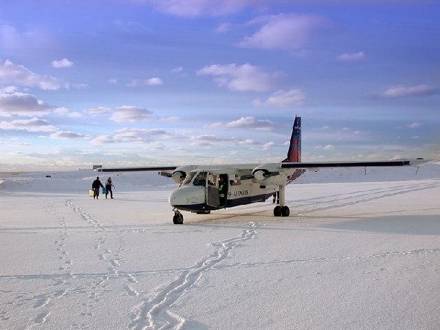 Loganair Islander, Fair Isle airstrip