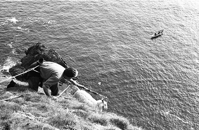 Cliff rescue, Fair Isle