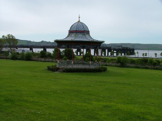 Bandstand Magdalen Green looking southwards