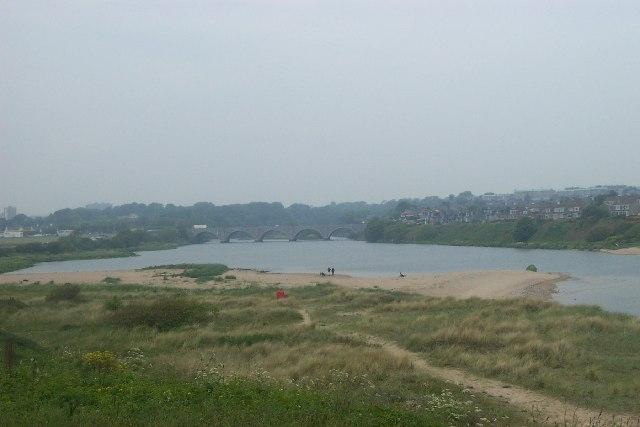 View towards Bridge of Don