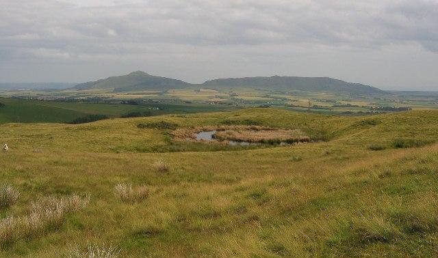Holeton Hill