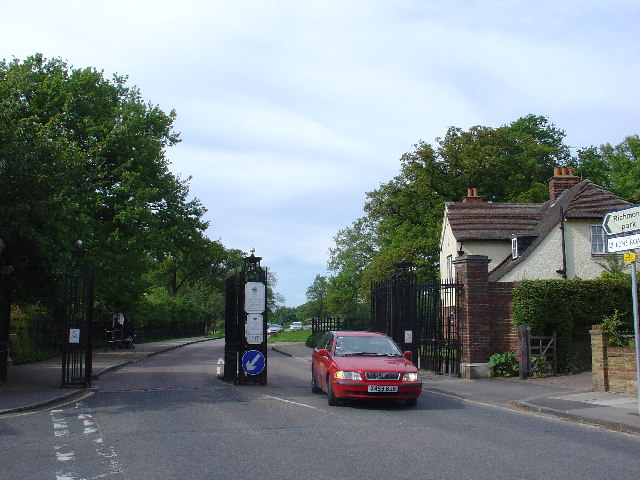 Kingston Gate into Richmond Park