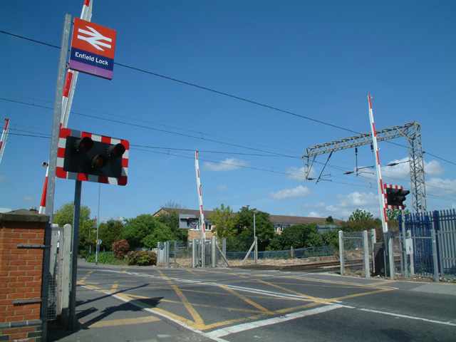 Level crossing at Enfield Lock station