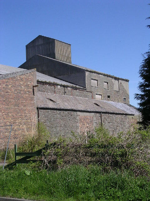 Derelict granary in Monikie