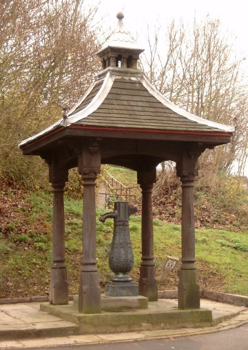Water Pump, Watton-at-Stone