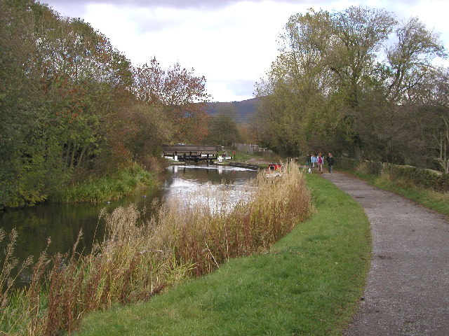 The Leeds and Liverpool Canal just west of Gargrave