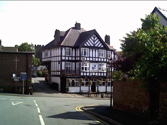 Main Road Farndon near Chester