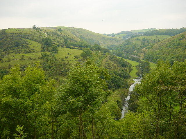 Putwell Hill and the River Wye