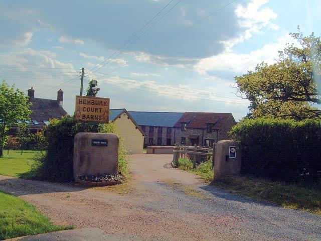 Hembury Court Barns