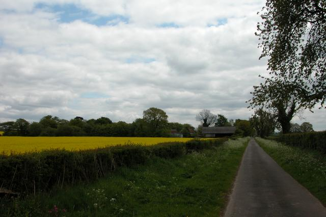 Looking down Claypit Lane to Claypit Farm