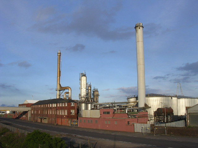 Camperdown oil refinery, Dundee docks