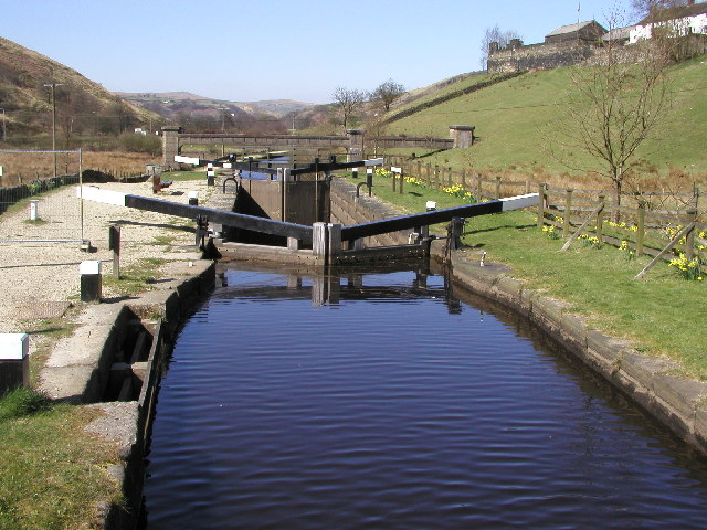Warland Lower Lock on the Rochdale Canal