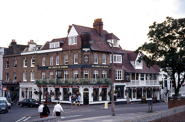 The Streets of London: East Molesey