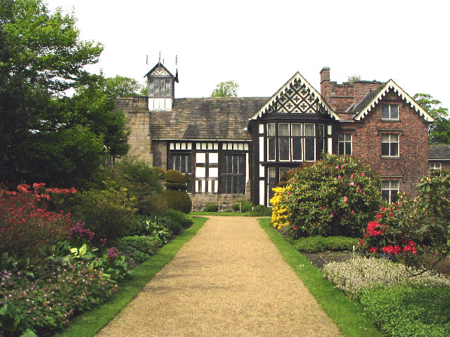Rufford Old Hall (NT)