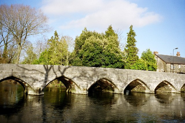Fordingbridge: the bridge over the River Avon