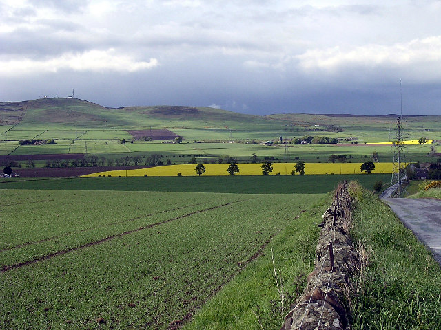 Craigowl Hill (455m) and the eastern Sidlaws