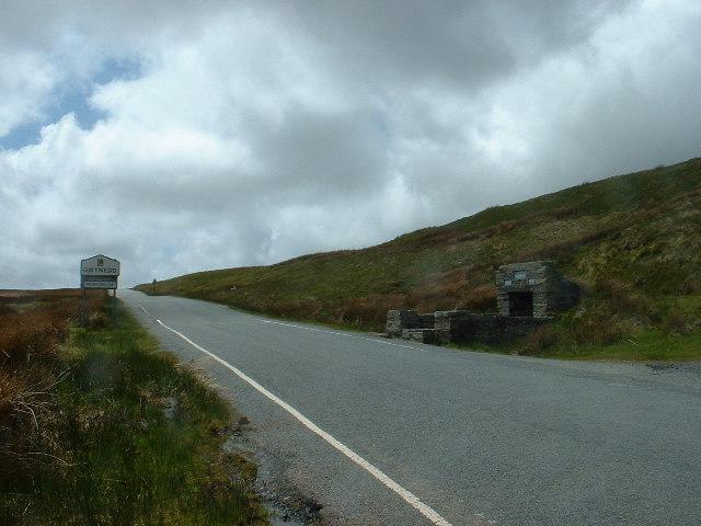 Ffynnon Eidda at Gwynedd/Clwyd boundary