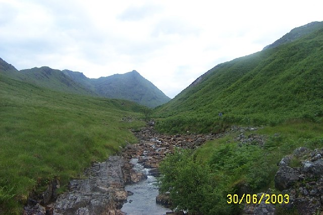 Looking up Gleann a' Chaorainn towards Streap