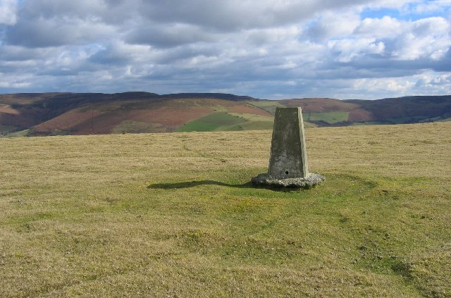 The trig pillar on Wylfre.