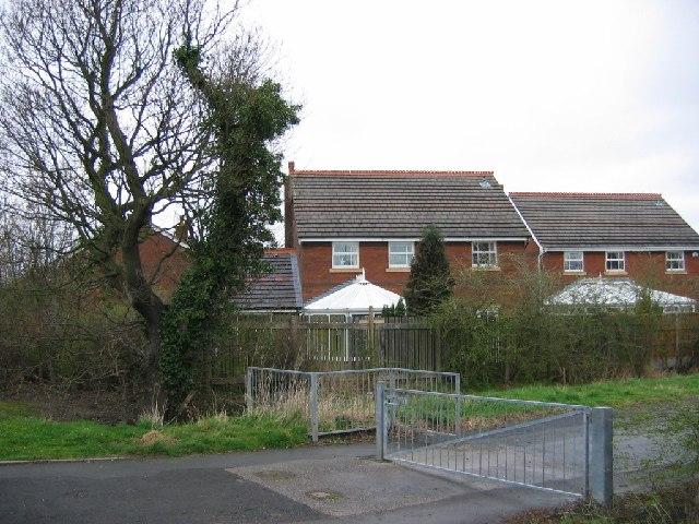 New houses, Leigh House Farm